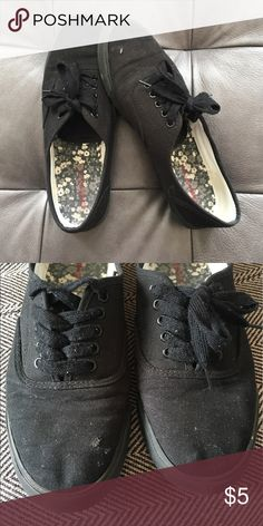 Versatile lace up tenny runners Made to look like Keds or Vans. Versatile and can be great with most any outfit! Worn only a few times. Small rip on right shoe- hardly noticeable in real life (I didn't even see it myself until I took a closer look to sell them). Mossimo Supply Co. Shoes Sneakers