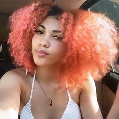 Peachy Pink Hair, Peach Hair Dye, Curly Pink Hair, Peach Hair Colors, Girl Hair Colors, Colored Curly Hair, Hair Dye Colors, Dyed Natural Hair, Dyed Hair