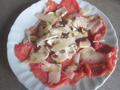 FORNELLI IN FIAMME: SLICES OF PIEDMONTESE VEAL WITH CHAMPIGNONS MUSHROOMS - Carne alla zingara con funghi champignons