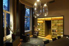 THE BIG BUBBLE('s) DARK® #lighting | Kunstlicht #LED #transparant #glass #concept IA Evelyne Merkx #project at Amsterdam NL