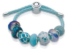 Pretty blue Persona beads to complete your Summer looks.