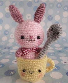 Amigurumi Bunny with Cup and Spoon - FREE Crochet Pattern and Tutorial (use Google Translate)