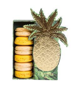 pinapple macaroons