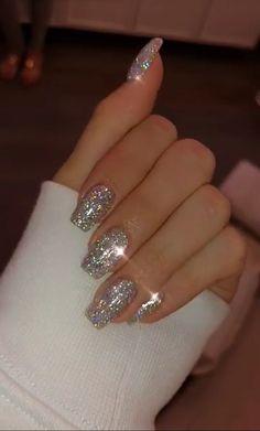 new years nails glitter ~ new years nails ; new years nails acrylic ; new years nails gel ; new years nails glitter ; new years nails dip powder ; new years nails design ; new years nails short ; new years nails coffin Cute Acrylic Nails, Cute Nails, Pretty Nails, Glitter Nail Art, Silver Glitter Nails, Glitter Nail Designs, Acrylic Nails Coffin Glitter, Fancy Nails, White Acrylic Nails With Glitter
