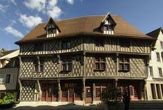 Maison du Saumon – Chartres, Eure-et-Loir (France) – Crédit Photo: Poulpy – Licence CC BY-SA 3.0