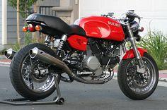 Cafe'd Ducati GT1000