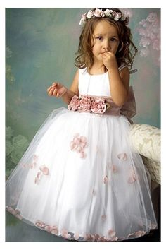 Vintage Flower Girl Dress with the Neat and Concise Designs Adorned with the Flower Belt