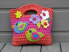 Ideal for girls! Easy to make with crochet applications <3