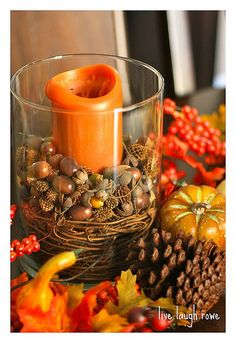 Autumn decoration.... loooooooooove autumn but right now not ready for it.... gotta enjoy the summer first!!!!!