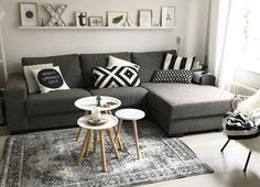 Excellent rustic farmhouse living room are available on our website. Read more and you wont be sorry you did. Living Room Images, Living Room Modern, Home Living Room, Living Room Designs, Living Room Decor Grey Couch, Primark Home, Small Apartment Decorating, Cheap Home Decor, Decoration