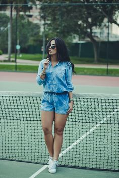 Look: macaquinho jeans Cute Summer Outfits, Short Outfits, Spring Outfits, Casual Outfits, Love Fashion, Girl Fashion, Winter Fashion, Fashion Outfits, Womens Fashion