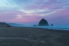 The Morning Sunrise over Haystack Rock Cannon Beach Oregon [OC] [38402560] #reddit