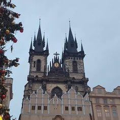 #praga #praguecitycenter #travel #czechrepublic #instaprague #christmastree #winter