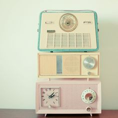 vintage radios and pastel colours!