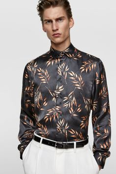 CAMISA SATINADA RAMAS - Estampadas-CAMISAS-HOMBRE   ZARA España Black Satin Shirt, Casual Trends, Fashion Books, Men's Fashion, Zara Shirt, Zara Man, Blouse Outfit, Menswear, Men Shirts