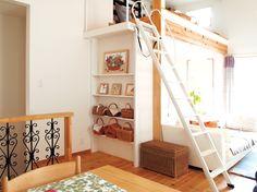リビングの一部にロフトがあります Loft, Furniture, Home Decor, Homemade Home Decor, Lofts, Home Furnishings, Interior Design, Home Interiors, Decoration Home