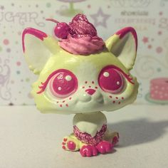 CUSTOM HAND PAINTED Littlest pet shop LPS CHIFFON pink cupcake corgi dog OOAK