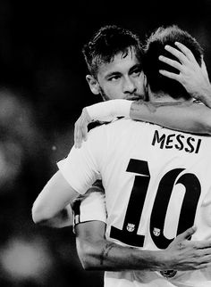 It's impossible not to like this picture. Neymar and messi