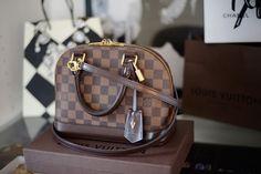 Louis Vuitton Alma BB Review,  сумки модные брендовые, bags lovers, http://bags-lovers.livejournal