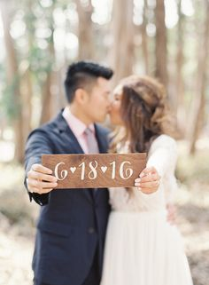 save the date sign / engagement sign / engagement photoshoot sign / custom wedding date sign. by theapothecarybee on Etsy https://www.etsy.com/listing/227099563/save-the-date-sign-engagement-sign
