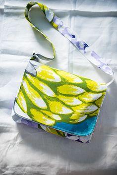 Messenger bag, finnish fabric Vallila bag, messenger tote, fabric messenger tote, Artisokka finnish fabric Vallila, adjustable strap by Stitchingnoob on Etsy