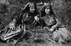 armenian women in tradiitinal dress