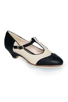 Ione T-Strap Low Heel in Black