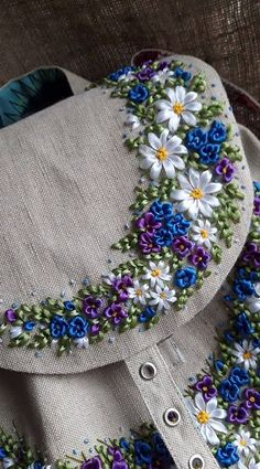 Silk Embroidery Floss Joanns Silk Ribbon Embroidery Designs And Techniques By Ann CoxSilk Ribbon Embroidery On Felted Knitting Silk Embroidery BeijingKings Silk Embroidery Inc Ribbon Embroidery Loop StitchRibbon Embroidery Kits Australia What Is Silk Ribbon Embroidery Tutorial, Embroidery Bags, Embroidery Transfers, Embroidery Fashion, Silk Ribbon Embroidery, Hand Embroidery Designs, Embroidery Stitches, Embroidery Patterns, Embroidery Supplies