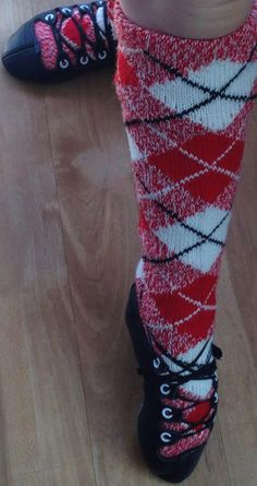 """#BonnieTartan's Bonnie #Flame #Tartan #hose. Photo from Kirsten Shayle-George in New Zealand with comment: """"Thank you so much for our beautiful hose. Can't wait for my wee 4yr old to wear them at her first competition in a few weeks!"""""""