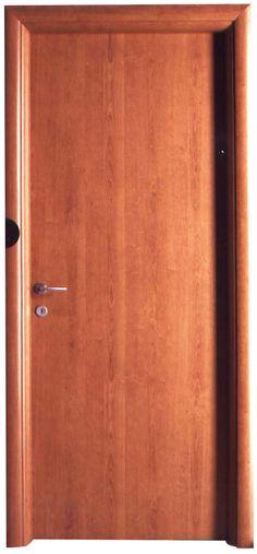 Porta tamburata in laminato ciliegio, bombata. porte Piacenza Lodi
