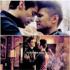 """MALEC: """"I LOVE YOU/ME TOO"""" me: """"MEE TOO"""" *sobbing on screen*"""