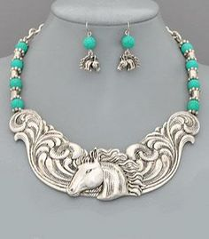 Metal horse necklace set from www.cowgirlshine.com