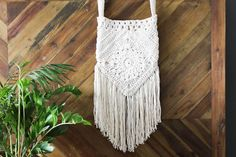 With interesting construction and tons of texture, this free crochet boho bag pattern is loaded with bohemian charm!