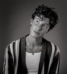 Shawn Mendes Cute, Shawn Mendes Imagines, Cameron Alexander Dallas, Shawn Mendas, Chon Mendes, Shawn Mendes Wallpaper, Celebrity Crush, Pretty Boys, Role Models