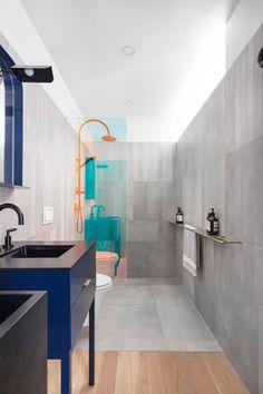 decoralinks | mamparas de ducha con paneles de vidrio con lamina dicroica translucida