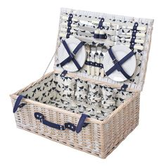 Anorak Kissing Robins Picnic Hamper