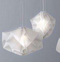 Lámpara suspendida / de diseño original / de interior / de tela