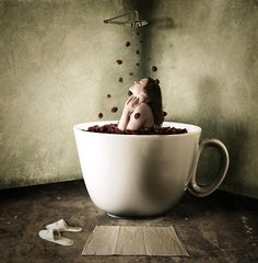 Photo Manipulations by Anja Stiegler | coffee shower in the morning | extra large cups | pinned by http://www.cupkes.com/