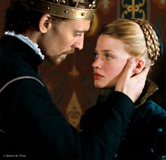 @Rebeccah Lijek do you remember this scene in Henry v?  It doesn't look familiar to me at all.  Did I pass out at some point?