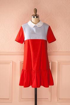 Les jeunes filles malicieuses ont une poignée de main secrète ! Wicked young girls have their own secret handshake! Palmarina - Red peter pan collared dress www.1861.ca