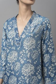 Cotton kurti designs - MALHAR A breezy collection features blooming chrysanthemums and textural geometric prints in natural indigo dye GoodEarthSustain Salwar Neck Designs, Neck Designs For Suits, Kurta Neck Design, Neckline Designs, Kurta Designs Women, Dress Neck Designs, Blouse Designs, Kurti Sleeves Design, Kurta Patterns