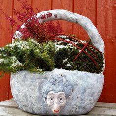 Kurv laget i MakeMake dekorasjonsbetong. Planter Pots, Design, Sculpture
