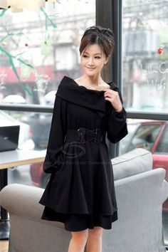 Stylish Loose Fitting Boat Neck Solid Color Layered Hem Dress with Belt for Women
