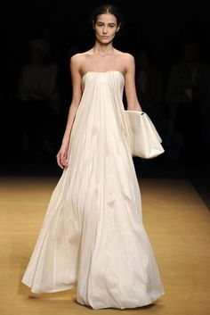 The Dresses We Want Now From The NYFW Runways   SALLY LAPOINTE GeorgiaPapadon.com