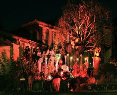 How to Make a Haunted House in Your Front Yard in 6 Steps http://www.wikihow.com/Make-a-Haunted-House-in-Your-Front-Yard