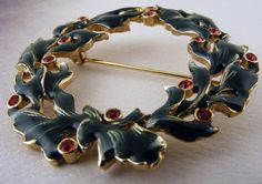 Vintage Brooch Enamel Christmas Wreath  with by TidBitz on Etsy, $15.00