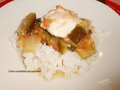 Cinco sentidos na cozinha: Courgette, beringela e tomate estufados com ovo es...