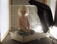 Les enfants sont des animaux ! Torbjørn Rødland continue de bosser en dormant | VICE | France