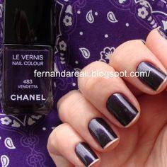 Chanel Vendetta, roxo perfeito    http://www.fernandareali.com/2010/11/esmaltes-roxos-inspirados-no-chanel.html