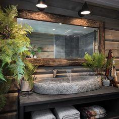 Rustic Bathroom Designs, Bathroom Interior Design, Rustic Bathrooms, Bad Inspiration, Bathroom Inspiration, Home Deco, Interior Design Magazine, Dream Bathrooms, Log Cabin Bathrooms